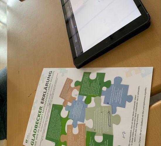 In 2 Projekttagen bereiteten BKG-Schüler:innen die Inhalte der Gladbecker Erklärung verständlich in einem Video auf.